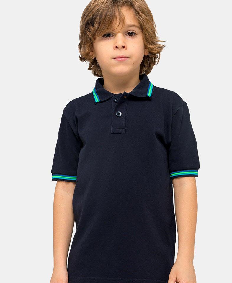 boy wearing a sundek polo in navy blue